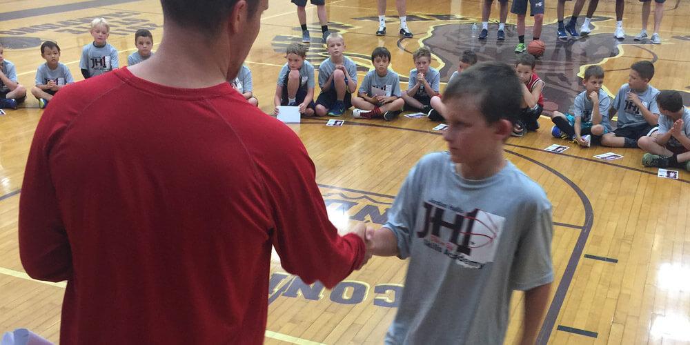 Jordan-Hulls-1-Skills-Academy-Camp-05